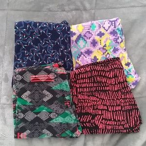 Bundle of 4 LuLaRoe OS Leggings EUC